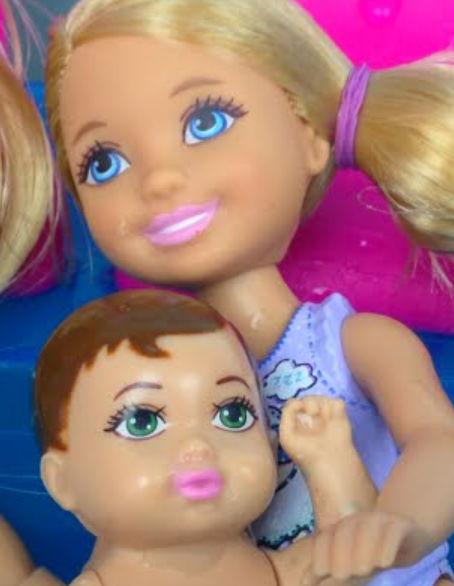 Игра с красивыми куклами смотреть онлайн